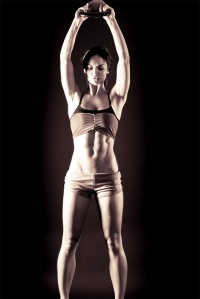 women-kettlebell-exercises