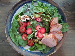 pork tenderloin spinach salad